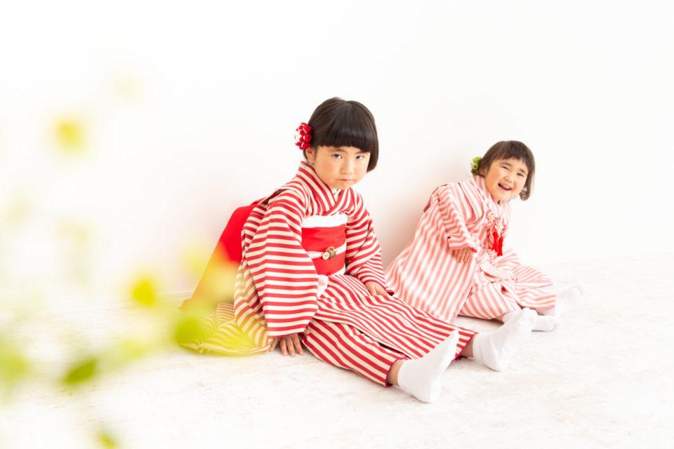 千葉県若葉区の写真館スタジオことり。おしゃれな着物で七五三撮影。